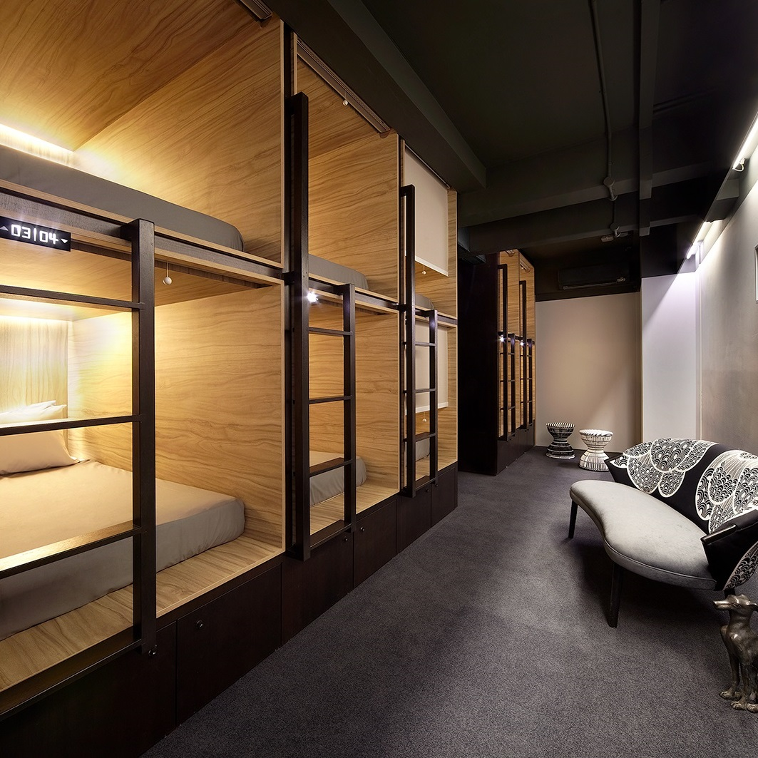 1.one-of-the-rooms-in-the-pod